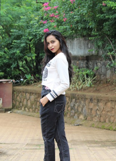 Crop top with dungarees