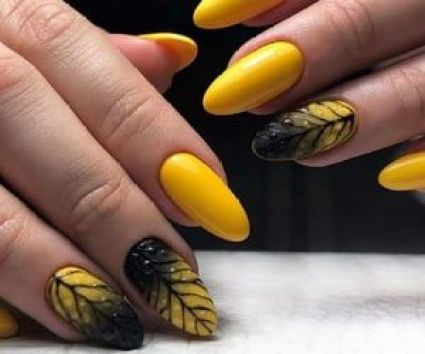 thanksgiving-manicures-leaf-nails-universo-donna