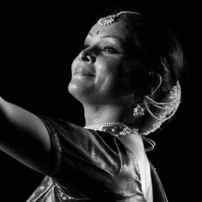 https://i1.wp.com/womanupsummit.com/wp-content/uploads/2017/11/Gauri-Diwakar-photo-credit-Ajay-Kumar-Courtsey-SeherWEB.jpg?fit=405%2C405