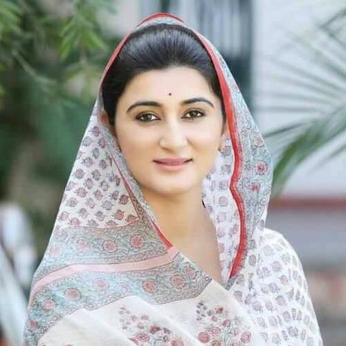 https://i1.wp.com/womanupsummit.com/wp-content/uploads/2019/09/Rukshmani-Kumari.jpg?fit=500%2C500