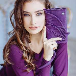 Women's Designer Purses. Wallet Leaves by Diana Ulanova. Buy on women-bags.com