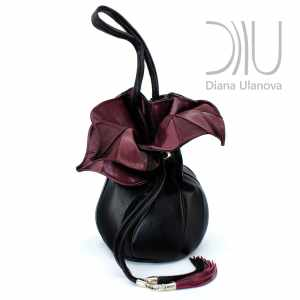 Shoulder Bag Designer. Orchid Feedbag Black/Burgundy by Diana Ulanova. Buy on women-bags.com