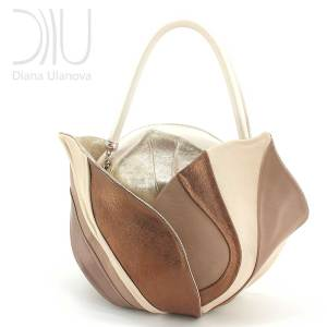 Ladies Designers Handbags. Burgeon Sacvoyage Beige Brown by Diana Ulanova. Buy on women-bags.com