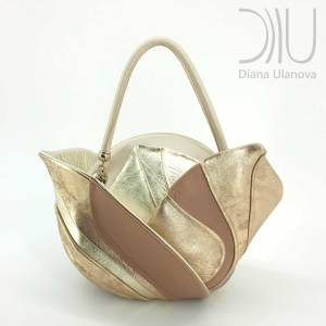 Women Designers Bags. Burgeon Sacvoyage Beige Gold by Diana Ulanova. Buy on women-bags.com
