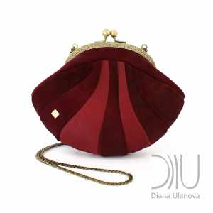Small Handbags Designer. Reticule Shell Burgundy/Red by Diana Ulanova. Buy on women-bags.com