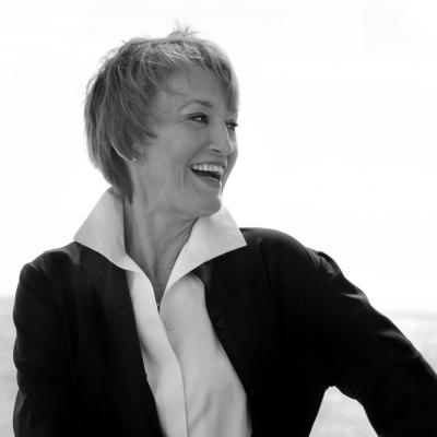 Headshot of Kathy Eldon, film producer.