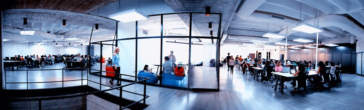 MO4-OFFICE-PANO