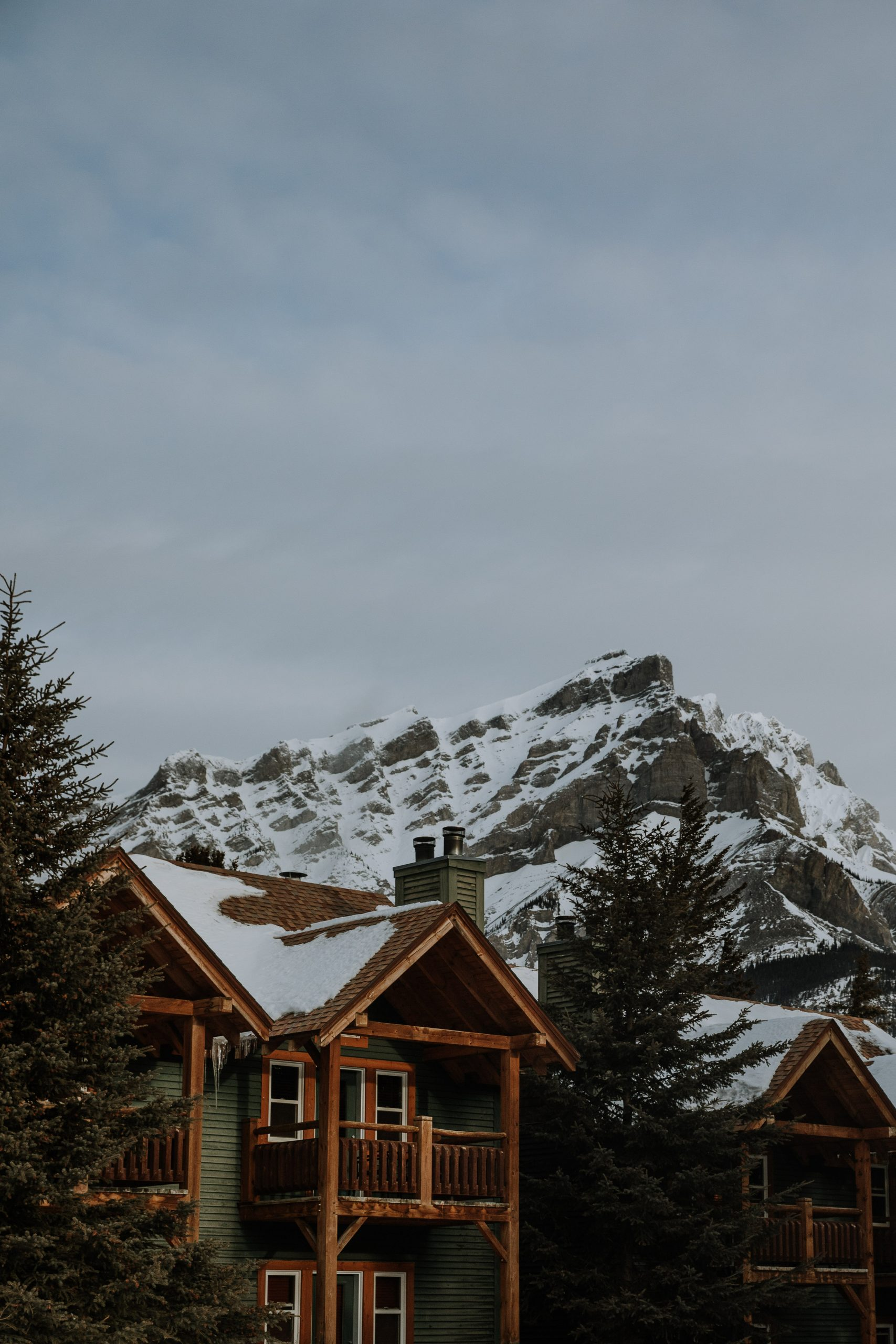 The Ultimate Banff Winter Guide - lodging