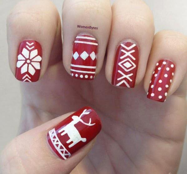 Elegent Christmas Nail Art Ideas