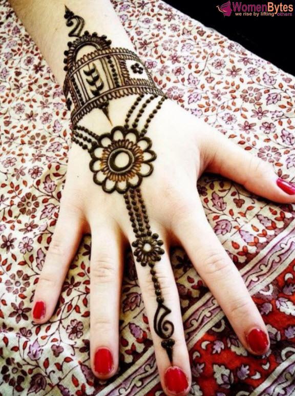 New Beautiful and Hot Mehndi Designs14