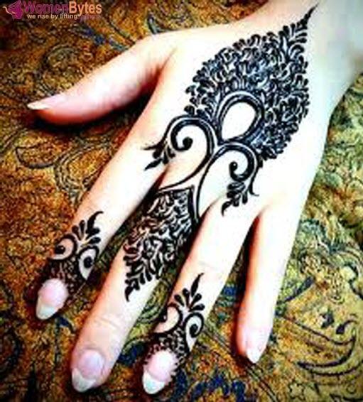 New Beautiful and Hot Mehndi Designs15