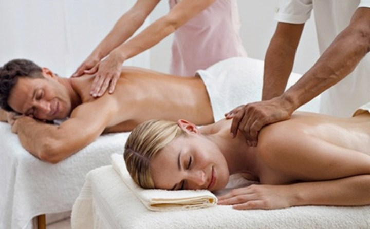 Why getting a couple massage is perfect plan for Valentine's Day?