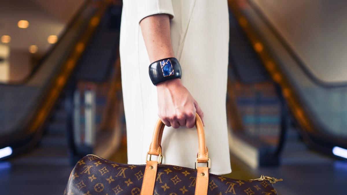 62aa3a5c67 Best 5 Designer Handbag Blogs To Follow  2019 Edition ...