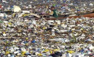 plastic-in-ocean
