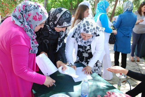 LEBANON: Youth groups work to bring society together without discrimination