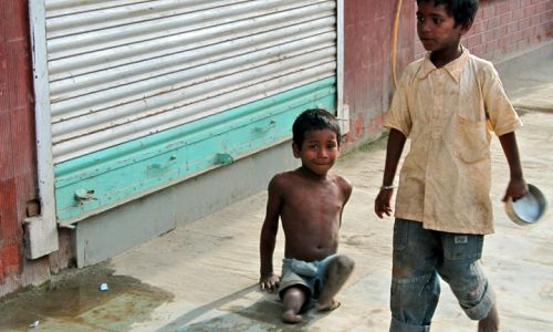 NEPAL: Child beggers depend on strangers not Nepal's government for help