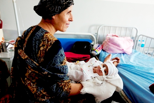 "IRAQ: Maternal mortality rates improving but ""concerted efforts"" still needed"