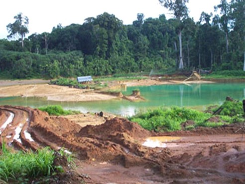 Illegal Venezuelan gold mines cause mercury dangers for indigenous women & children