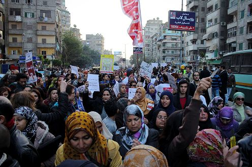 EGYPT: UN urges peaceful process on rights to protest