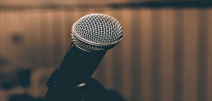 5 ways to master public speaking