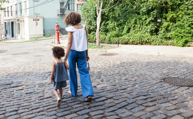 10 Explicit signs you have been raised by a strong mother!