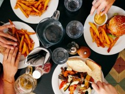7 Ways to outsmart unhealthy food cravings!