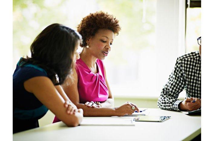 Speed mentoring για ό,τι σε απασχολεί στη δουλειά (και ένα πάρτι)