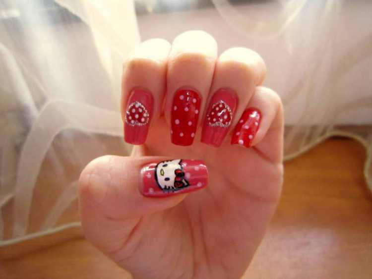 Create Hello Kitty Nail Designs at Home 06