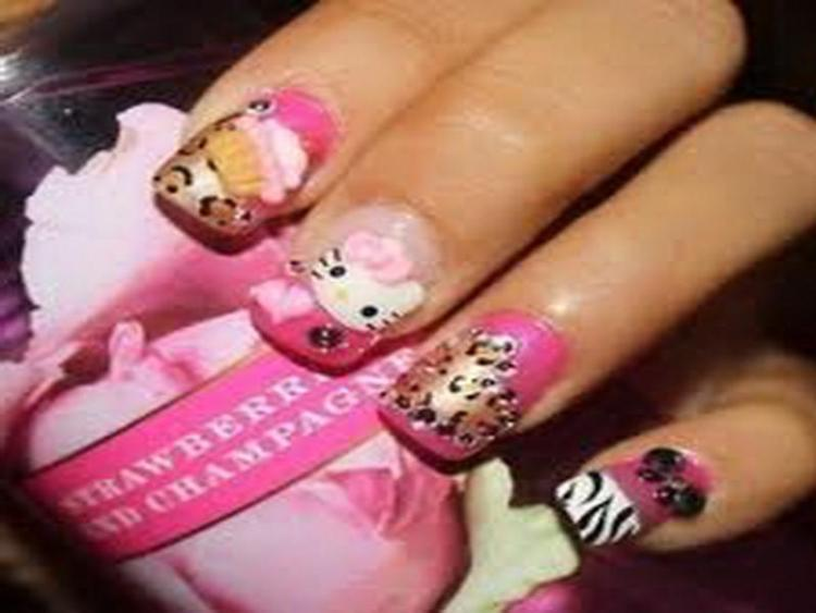 Create Hello Kitty Nail Designs at Home 07
