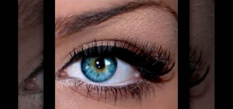Glamorous Smokey Look for Blue Eyes 002