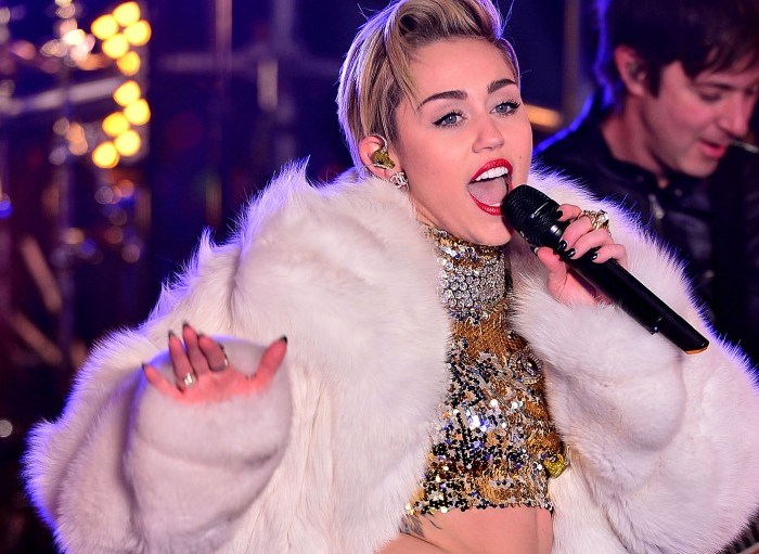 Miley Cyrus Hospitalized, Miley Cyrus love songs