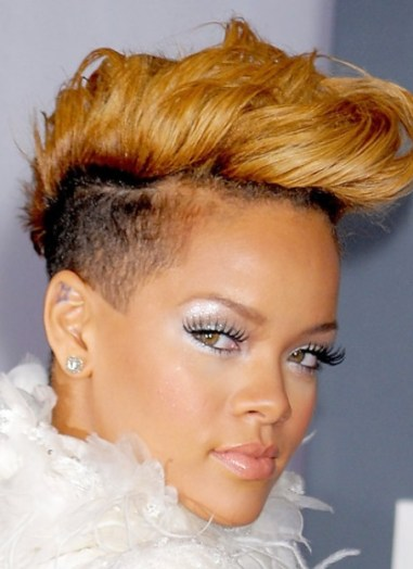 rihanna hairstyles pictures, rihanna prom hairstyles