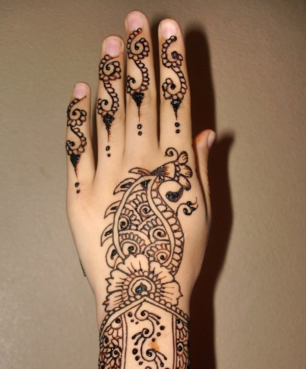 Latest-Mehndi-Designs-for-Arabic-Bride-For-Hands-and-Arms