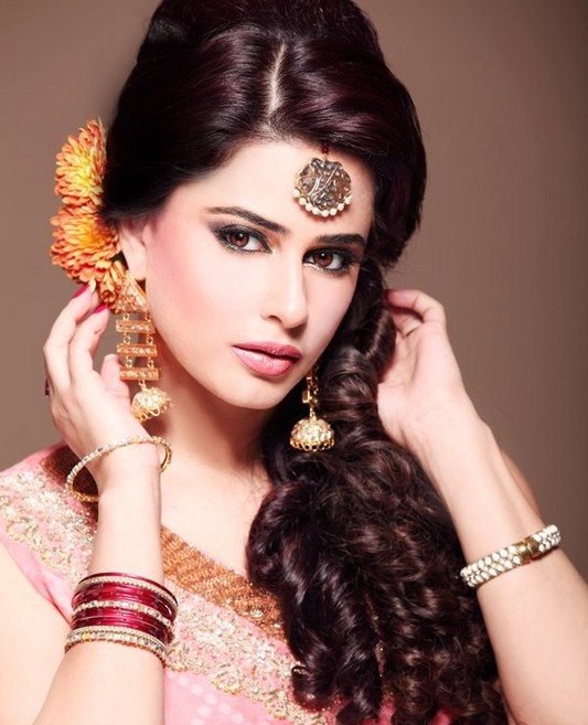 Hairstyles For Party Look : Stylish wedding & party wear hairstyles