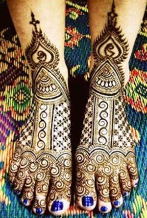 Mehndi Design for Legs | Our 15 Top Pics
