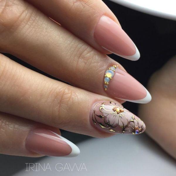 Френч маникюр - новинки красивого дизайна на ногтях