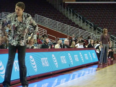 Cheryl Miller turns to her bench while Cynthia Cooper-Dyke keeps an eye on the court. Photo by Sue Favor.