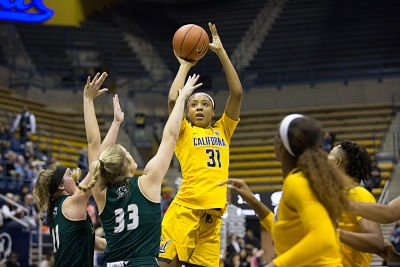 Sophomore center/forward Kristine Anigwe averaged 23.6 points and 9.7 rebounds per game so far this season. Photo by Ariel Nava.