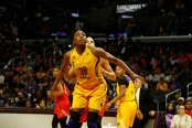 Reigning league MVP Nneka Ogwumike looks for the rebound. Photo by Maria Noble/WomensHoopsWorld.