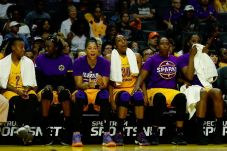 Sparks players react to a Los Angeles shot. Photo by Maria Noble/WomensHoopsWorld.