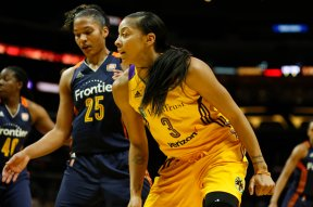 Candace Parker scored 20 points, grabbed nine rebounds and dished six assists. Photo by Maria Noble/WomensHoopsWorld.
