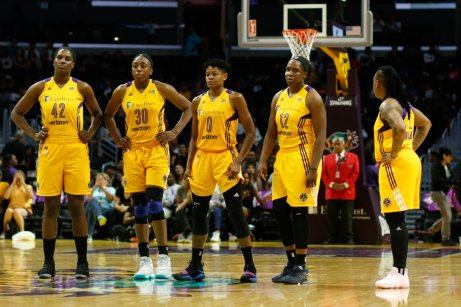 Sparks players watch a technical free throw shot. Photo by Maria Noble/WomensHoopsWorld.
