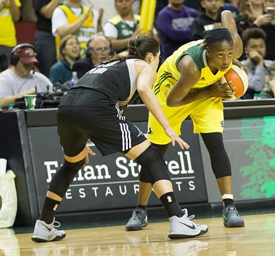 Jewell Loyd waits for the play to unfold, as Kelsey Plum defends.  Photo by Neil Enns/Storm Photos.