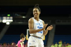 Monique Billings likes a referee call. Photo by Maria Noble/WomensHoopsWorld.