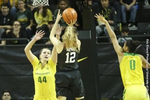 Brittany McPhee's second-half scoring barrage paced Stanford over Oregon. Photo by Eric Evans Photography/Oregon Athletics.