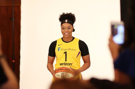 Odyssey Sims. Photo by Maria Noble/WomensHoopsWorld.