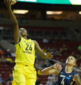Jewell Loyd goes up for the layup. Neil Enns/Storm Photos.