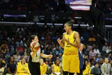 Candace Parker discusses a call with official Maj Forsberg.