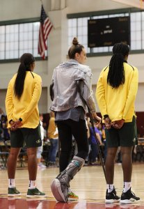 Friday, May 17, 2019 - Breanna Stewart and teammates stand for the national anthem. Maria Noble/WomensHoopsWorld.