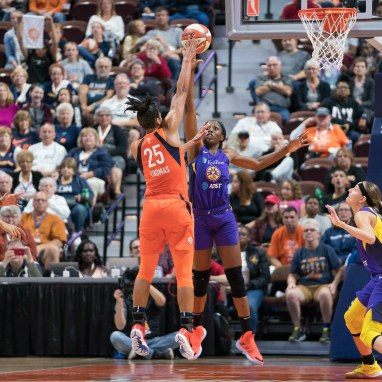 Connecticut Sun forward Alyssa Thomas (25) shoots over Los Angeles Sparks forward Chiney Ogwumike (13) during the WNBA Semi-Finals between the Los Angeles Sparks and the Connecticut Sun at Mohegan Sun Arena, Uncasville, Connecticut, USA on September 19, 2019. Photo Credit: Chris Poss